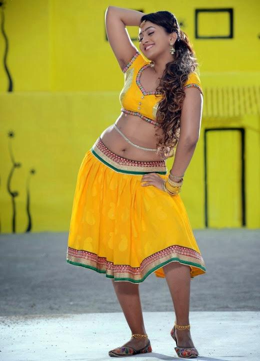 Ester noronha yellow dress interview fotos