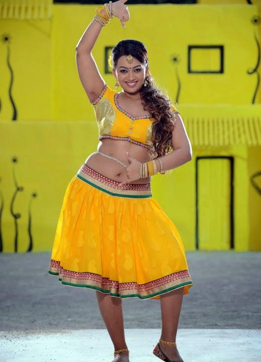 Ester noronha yellow dress movie promotion slide show