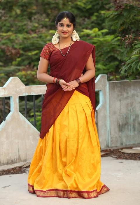 Gagana half saree hd pics