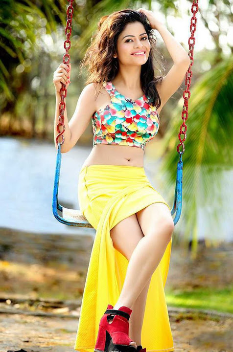 Gehana vashisht yellow dress fotos
