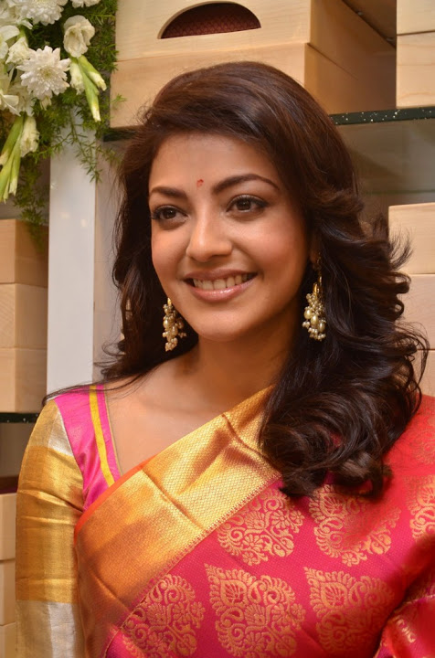 Kajal agarwal full red saree hot hd cute stills