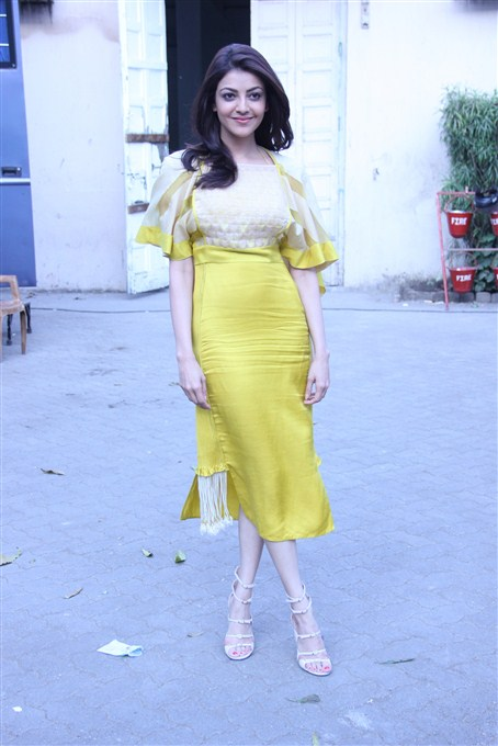 Kajal agarwal yellow dress figure exclusive stills