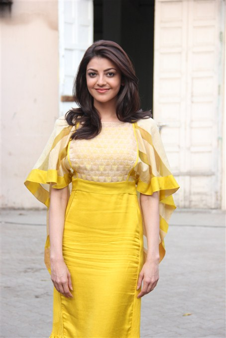 Kajal agarwal yellow dress photoshoot computer stills