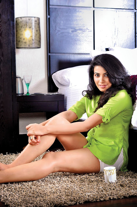 Kavya shetty green dress exclusive image