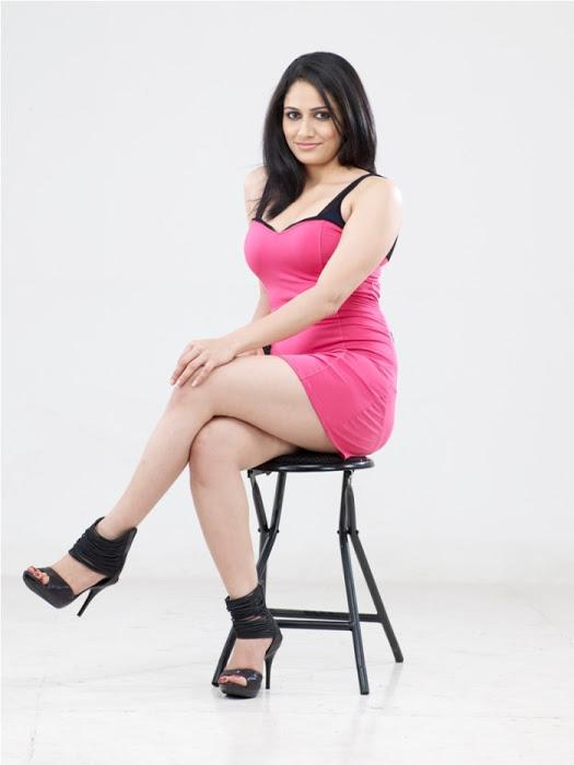 Komal sharma pink dress exclusive image