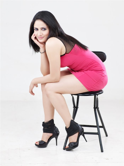 Komal sharma pink dress fashion stills