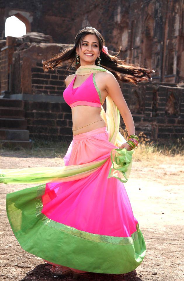 Kriti kharbanda pink dress photoshoot wallpaper