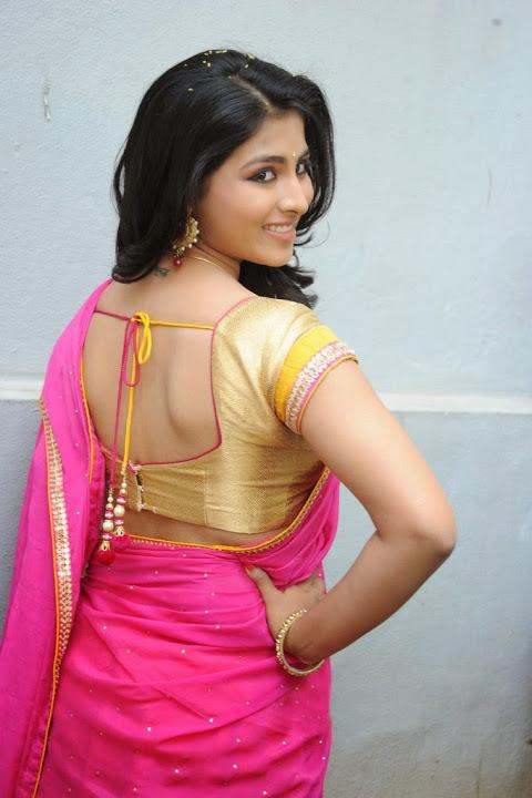 Kruthika jayakumar pink color half saree pics