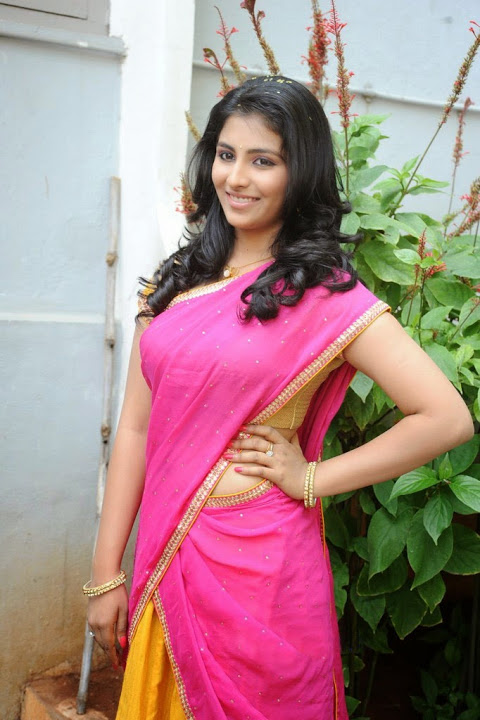 Kruthika jayakumar pink color half saree slide show