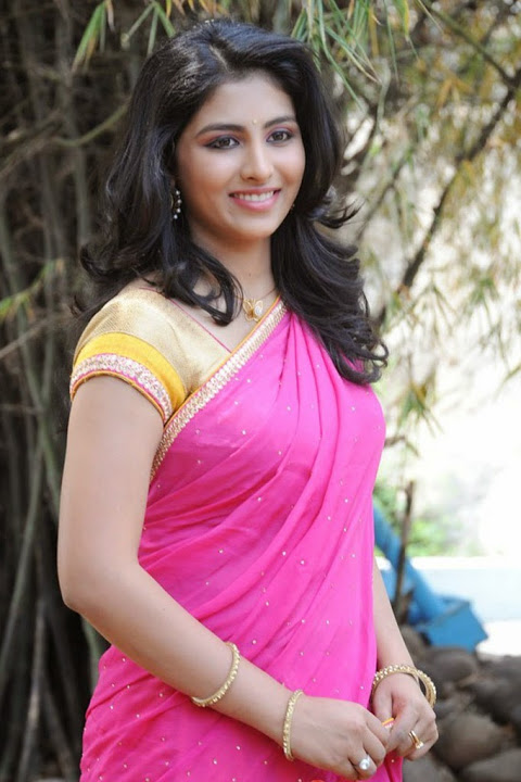 Kruthika jayakumar pink color half saree stills