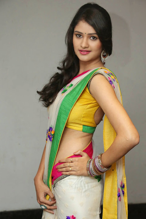 Kushi heroine fashion saree pics