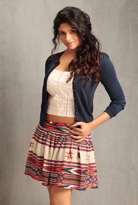 Lakshmi nair glamour image