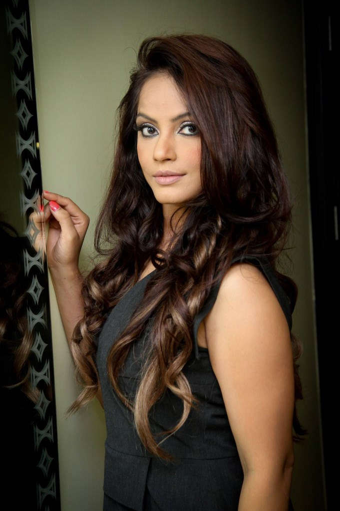 Neetu chandra pictures