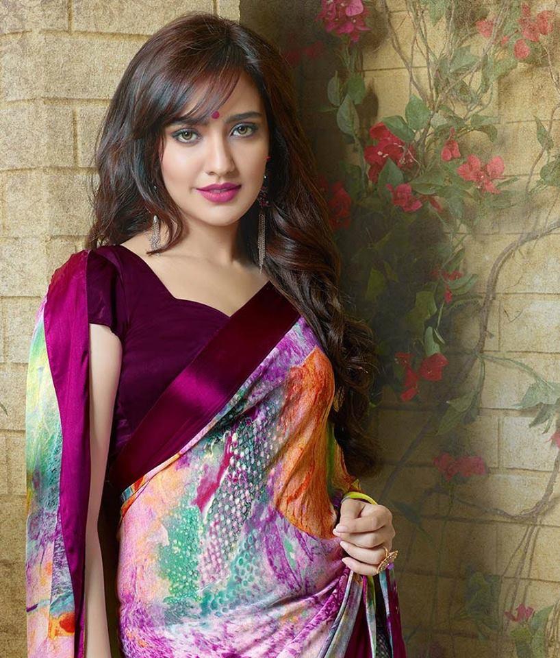 Neha sharma saree wallpapers