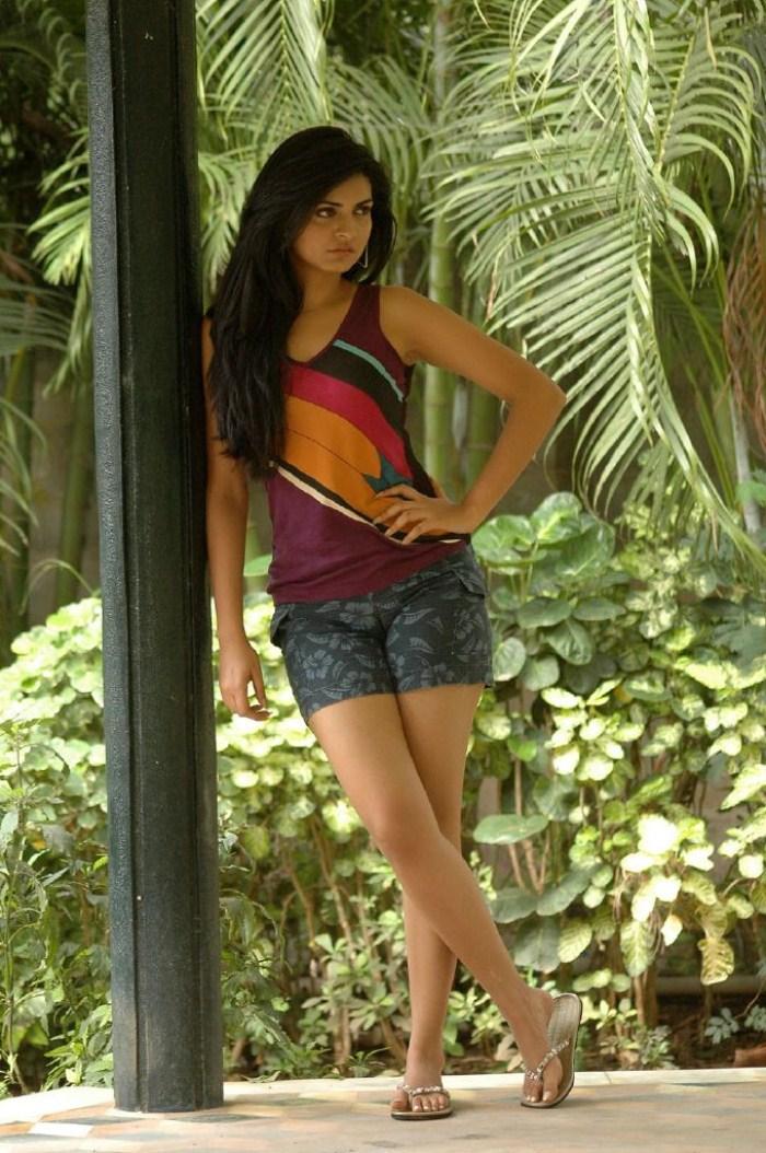 Niharika singh mini dress photos