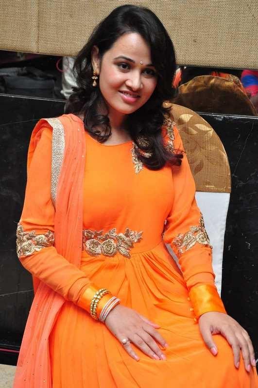Nisha kothari press meet photos