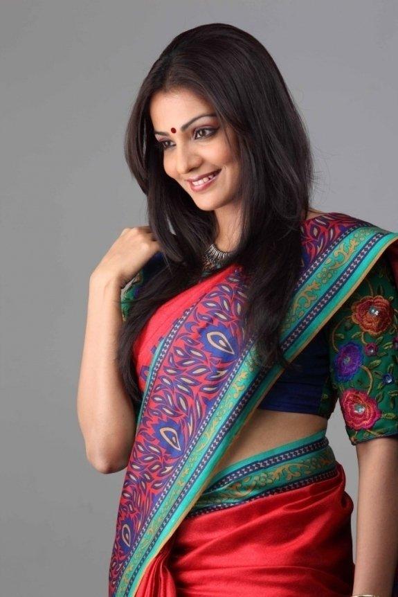 Parvati menon saree pictures