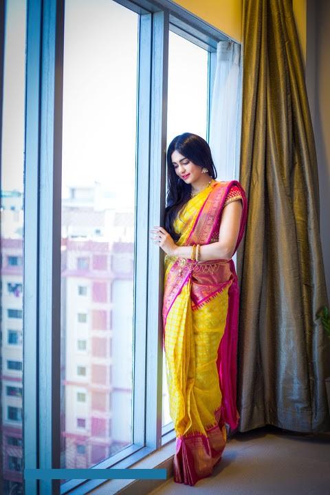 Adah sharma saree beautiful photos