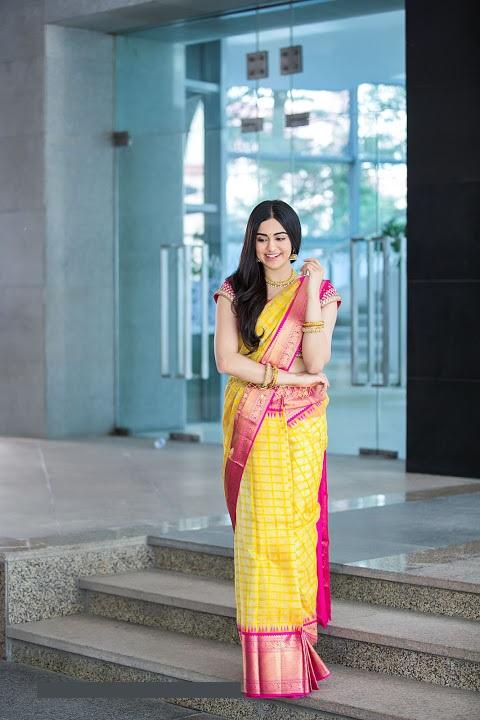 Adah sharma yellow saree cute wallpaper