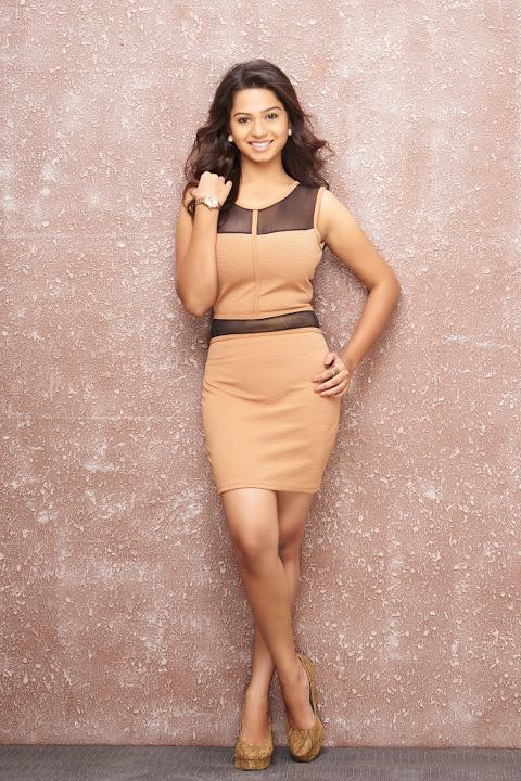 Aishwariya gray dress glamour image