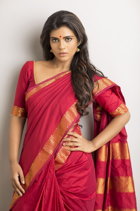 Aishwarya rajesh red color saree pictures
