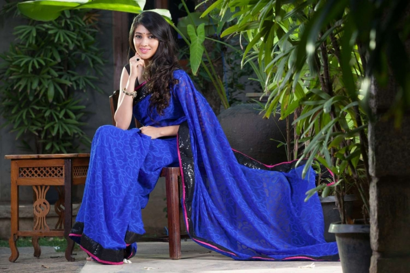 Akhila kishore blue color saree pictures