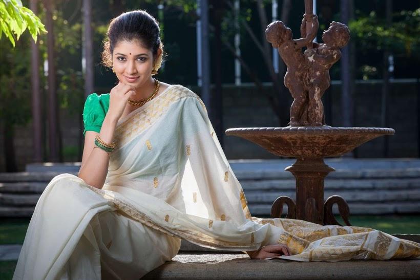 Akhila kishore white color saree pictures