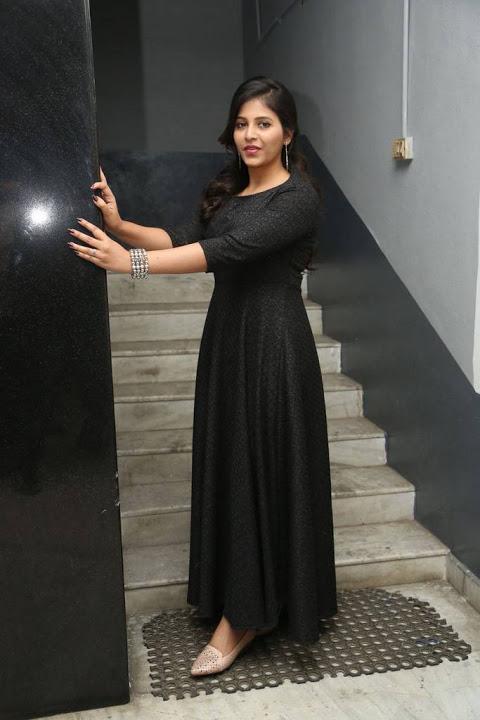Anjali black dress unseen fotos