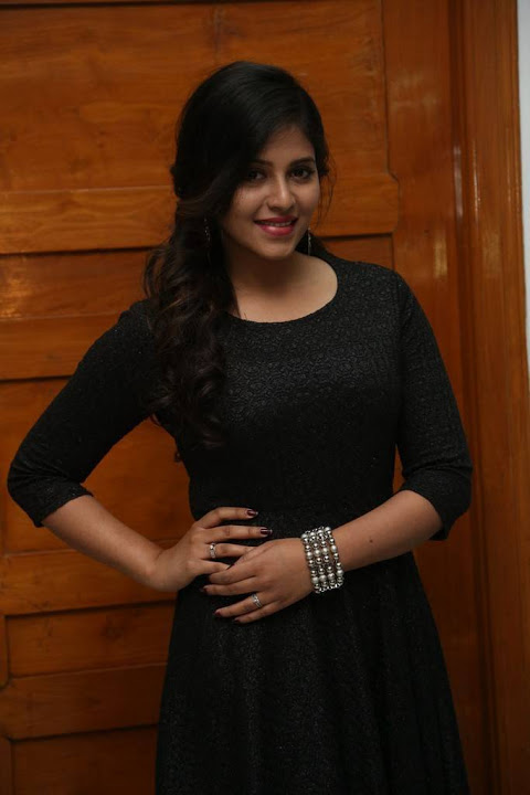 Anjali chitrangada movie success meet pictures