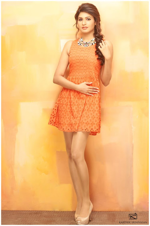 Anjena kirti orange color wallpaper