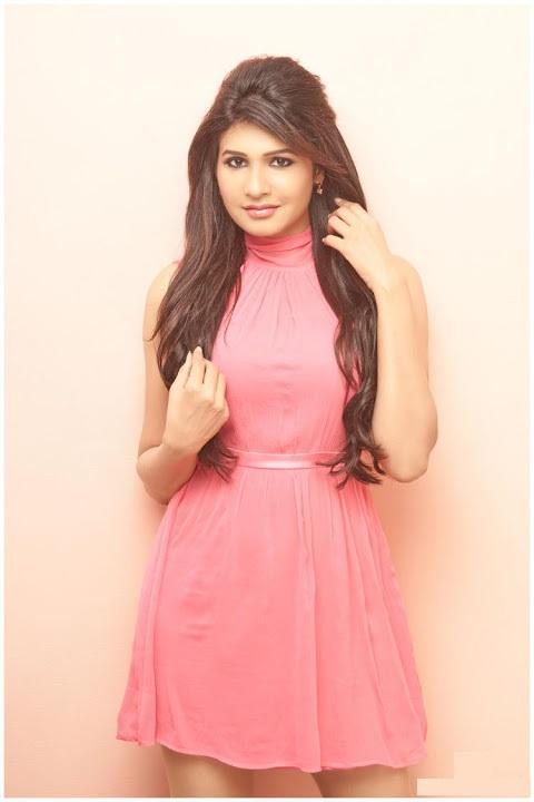 Anjena kirti pink dress glamour image