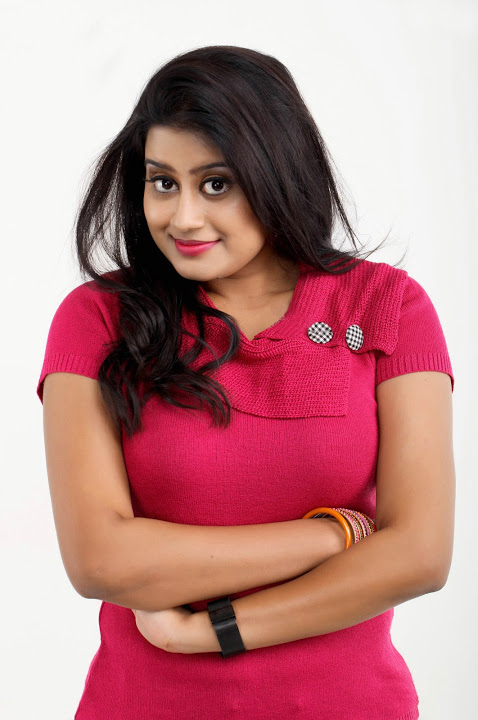 Ansiba hassan red dress beautiful pictures