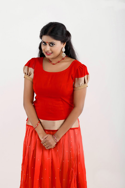 Ansiba hassan red dress exclusive image