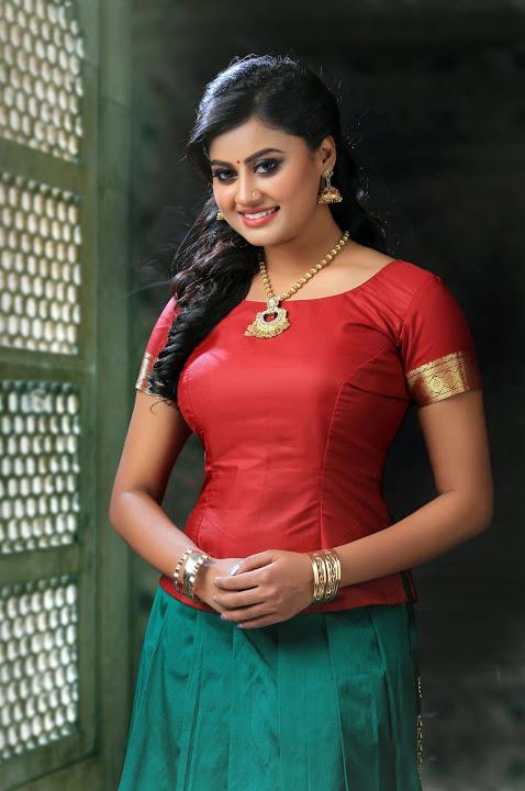 Ansiba hassan red dress smile pose gallery