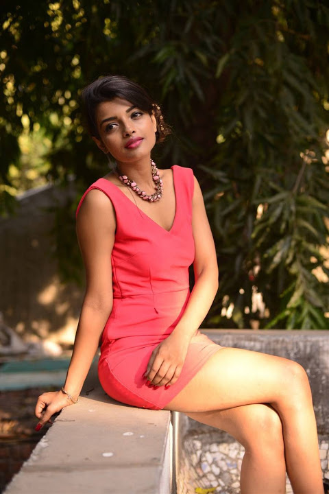 Ashna zaveri red dress wallpaper