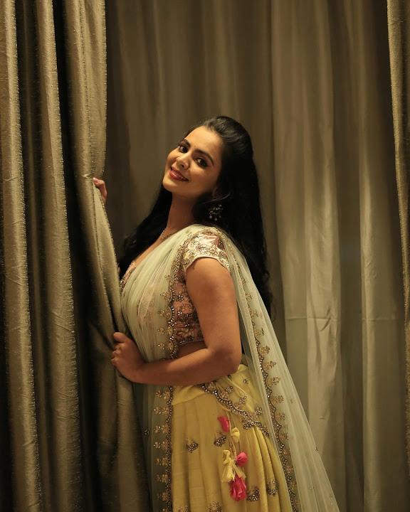 Manasa himavarsha photoshoot stills