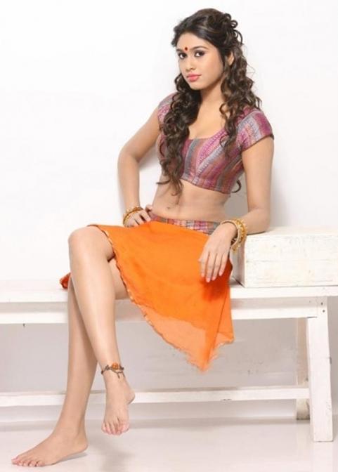 Manisha yadav sizziles lehanga designer wear photos