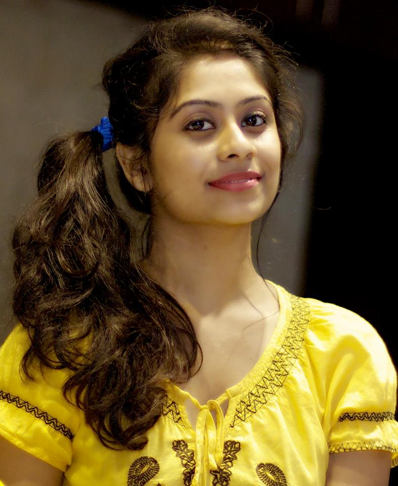 Priya lal hair style photos