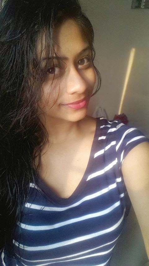 Priya lal selfie photos