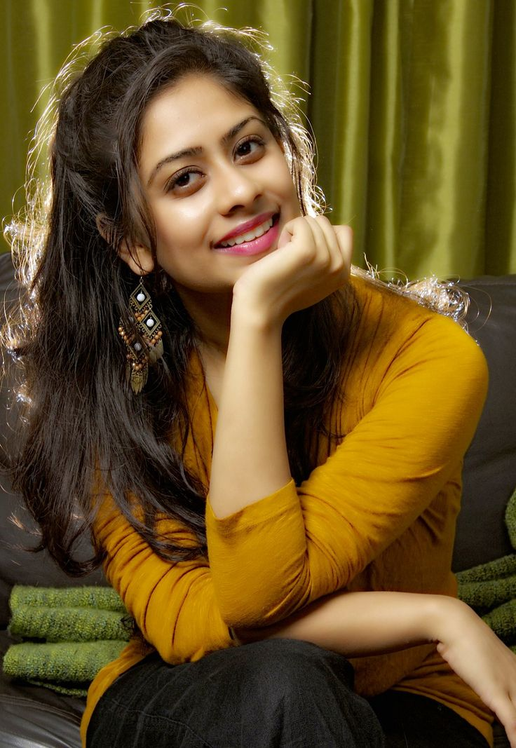 Priya lal smile wallpapers