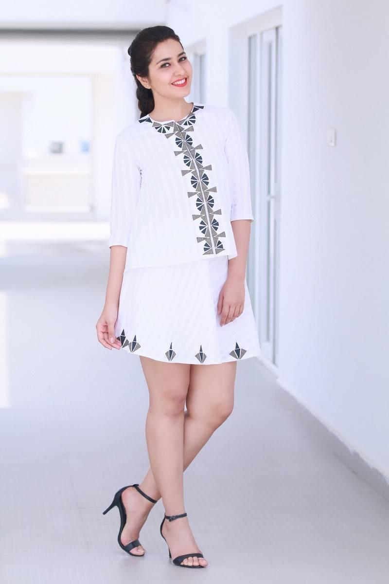 Raashi khanna mini dress photos