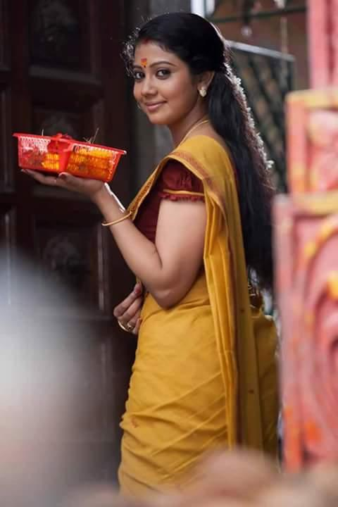 Rachana narayanankutty saree pictures