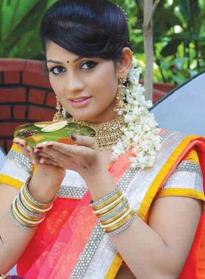 Radhika kumaraswamy full makeup photos
