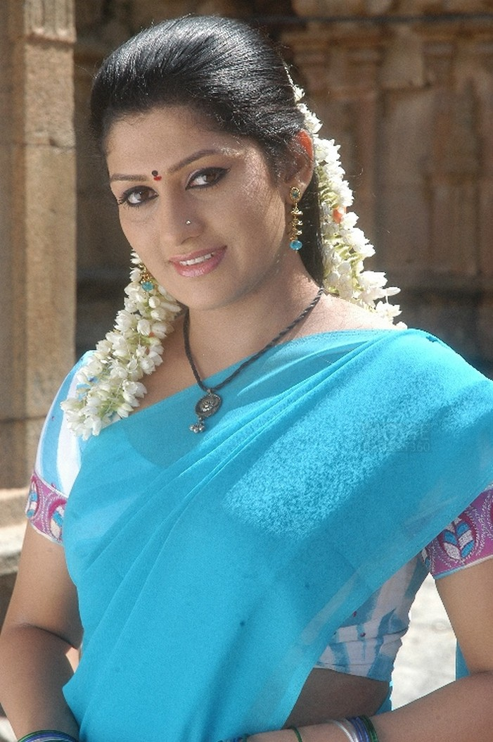 Radhika kumaraswamy saree photos