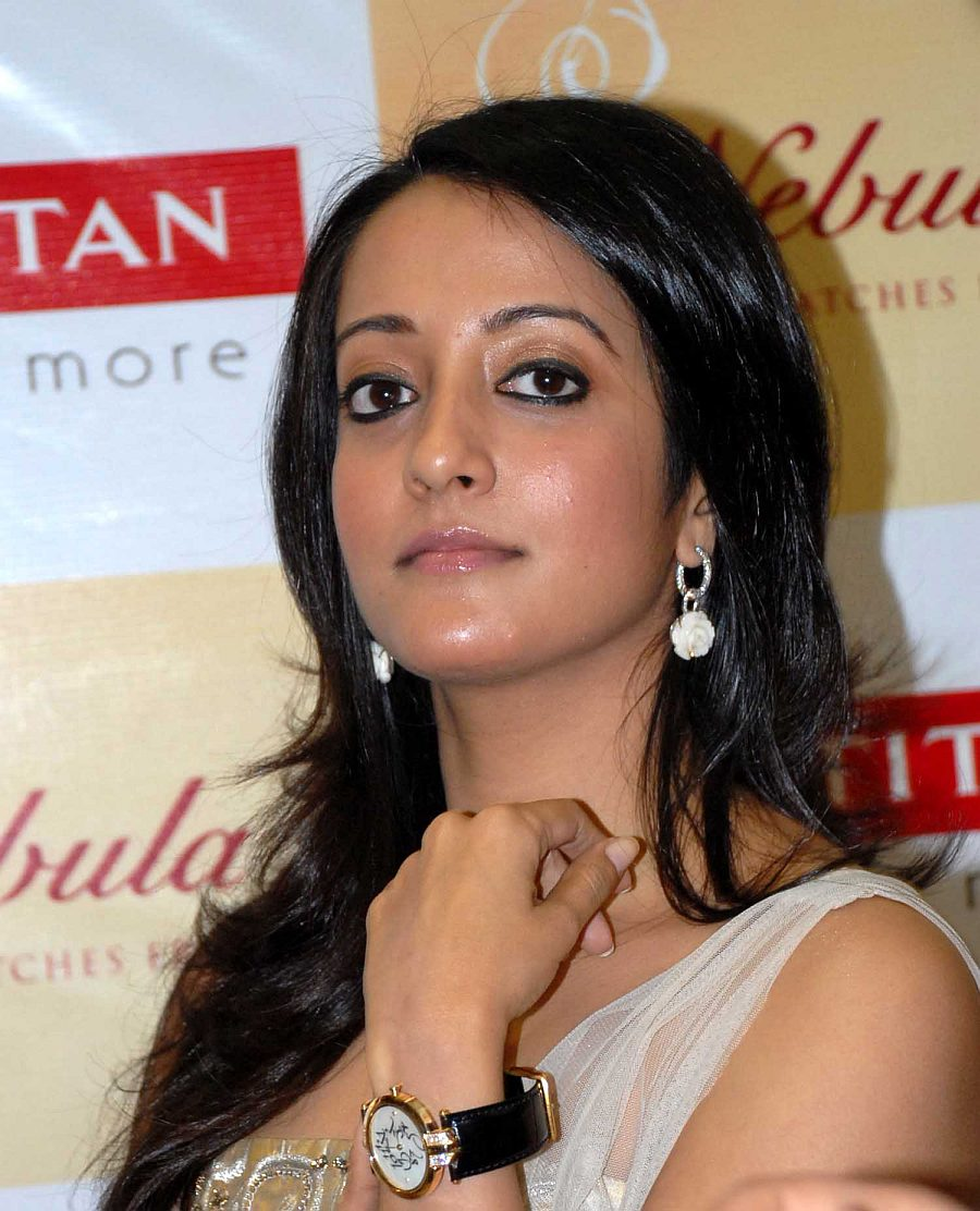 Raima sen face photos