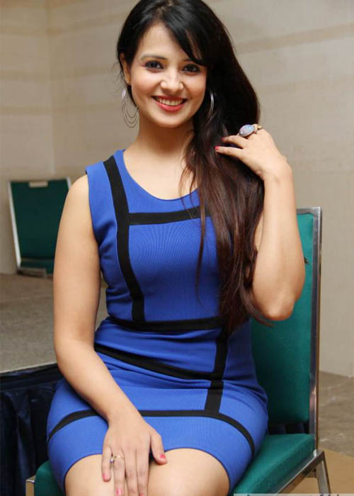 Saloni aswani mini dress photos