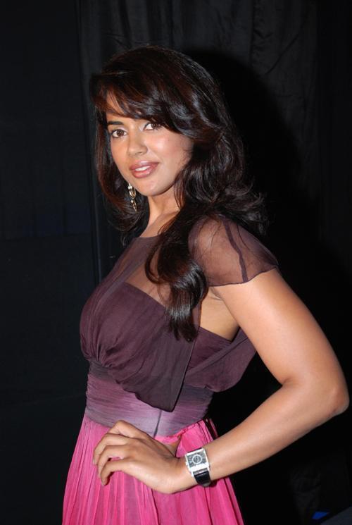Sameera reddy pictures