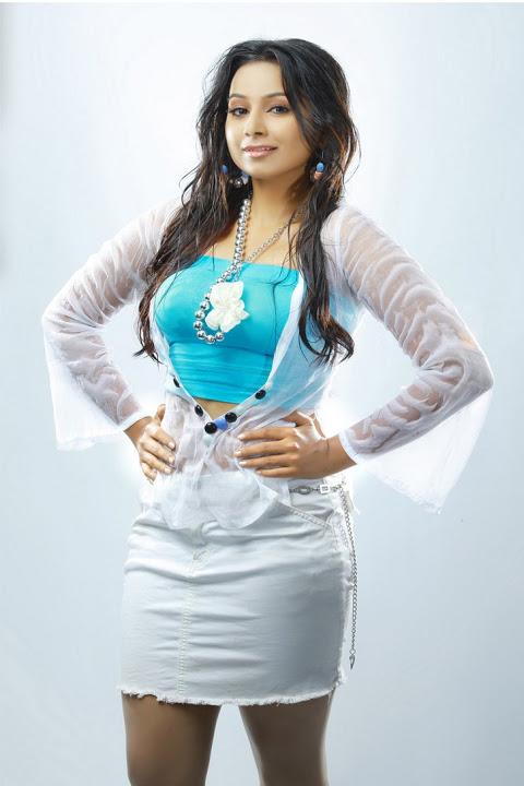 Actress hot mridula murali white dress hd photos