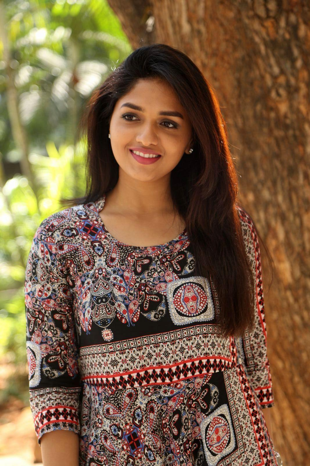 Actress sunaina images
