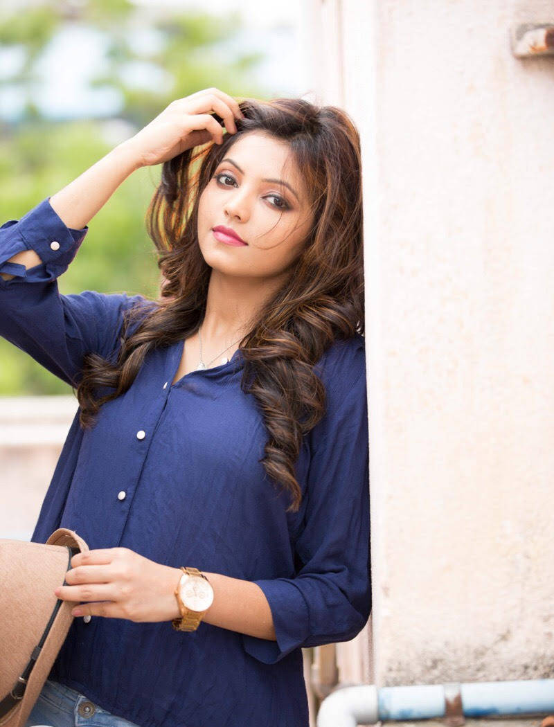 Athulya ravi cute pictures